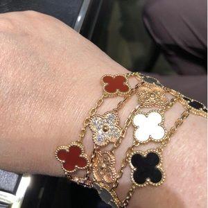 18K Gold 5 Motif Lucky Four-Leaf Clover Bracelet